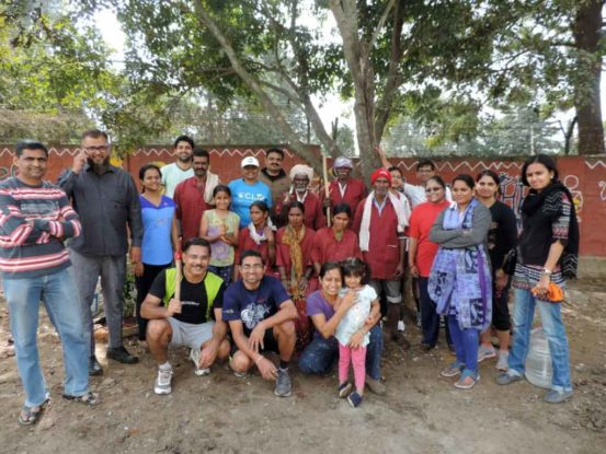 Raku Volunteering Gallery Clean Drive Jan 2016